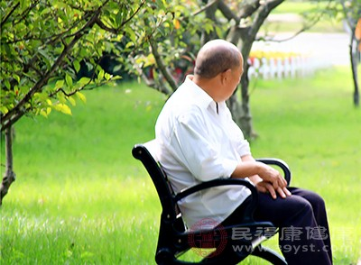 导致老年人患上老年痴呆这种疾病的一个很重要的原因