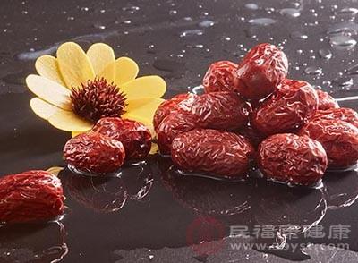 红枣是一种很有营养的水果
