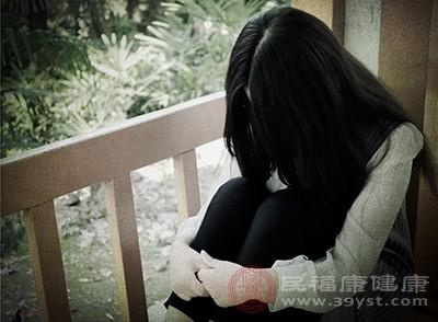 抑郁症的症状。大脑功能下降可能是疾病的原因