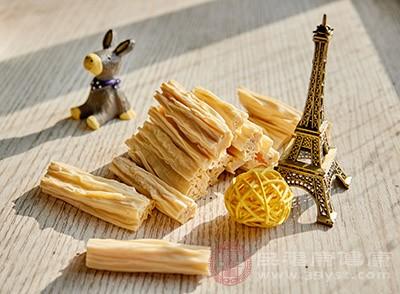 腐竹的功效 经常吃这种食物能够降低血脂