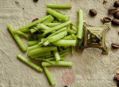 苘蒿中丰富的膳食纤维有助于促进肠道蠕动