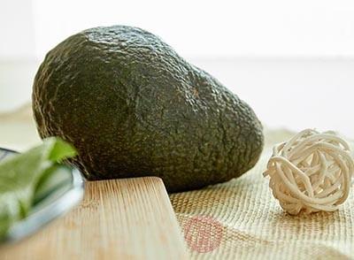 牛油果的功效 常吃这种水果能护肤养发