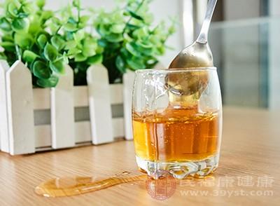 常吃蜂蜜能够促进脑血管的功能