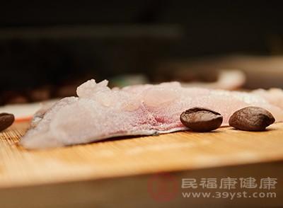 鱼肉中富含维生素b