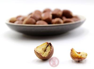 板栗这种食物也能够起到不错的润肠通便作用