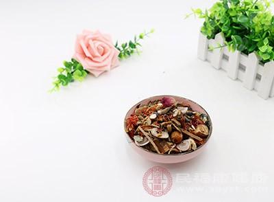 中医认为痤疮主要是由于脏气不和导致的内分泌失调
