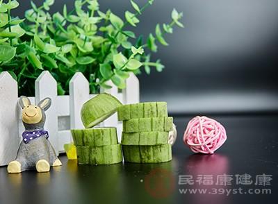 丝瓜中含有丰富的B族维生素