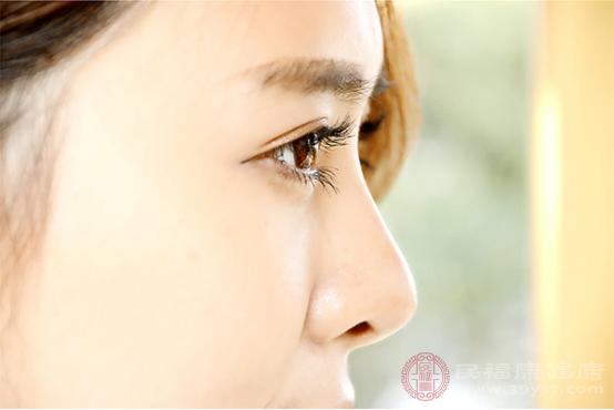 角膜炎的癥狀有哪些