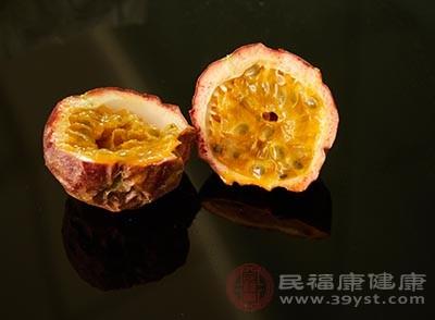 百香果是一种很有营养的水果