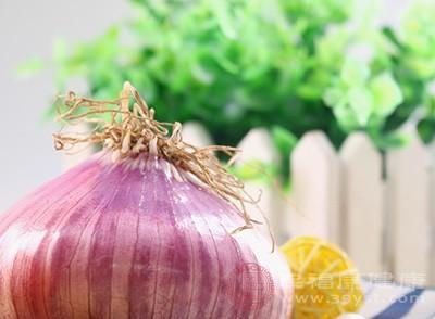 常吃洋葱能够帮助人们预防感冒