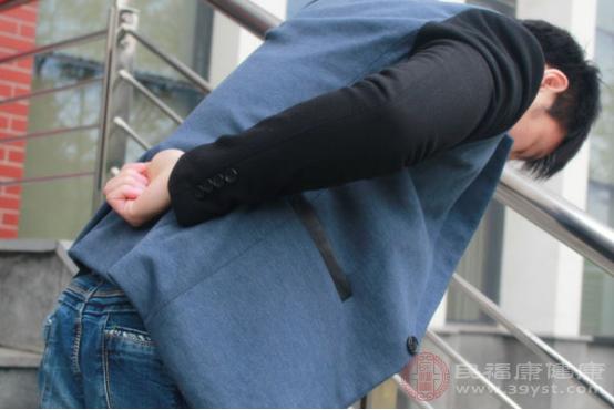 腰疼現如今已經不是多發生在老年人群當中的病癥