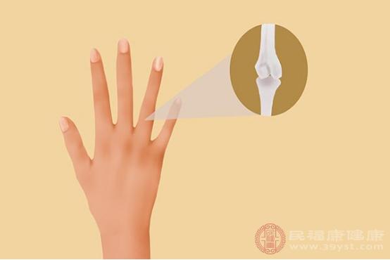 手指關節疼是很常見的一種生理癥狀,一般生活中可能是受到外界刺激