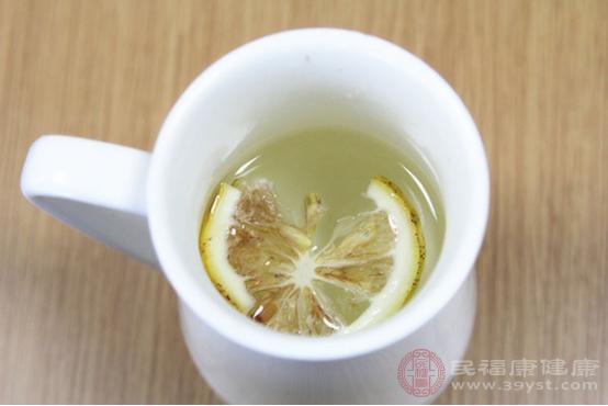 柠檬水的功效与作用有哪些