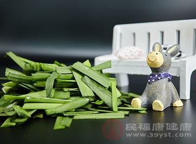 常吃韭菜能够帮助肠胃排出身体中的毒素