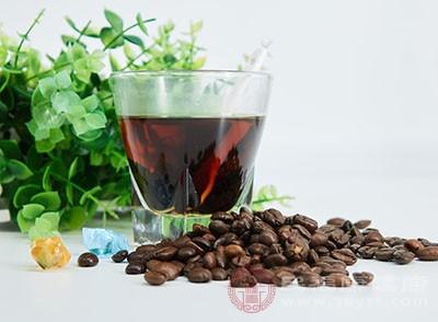 在平時多吃的人喝咖啡都是為了提神抗疲勞