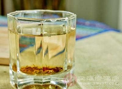 经常喝红茶能够保护我们的皮肤