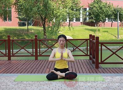 瑜伽可以讓身材保持更加完美,同時可以鍛煉出傲人的曲線