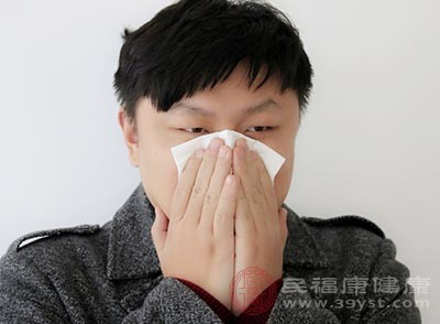 生活中有很多的过敏原,比如花粉、动物的皮毛、粉尘等