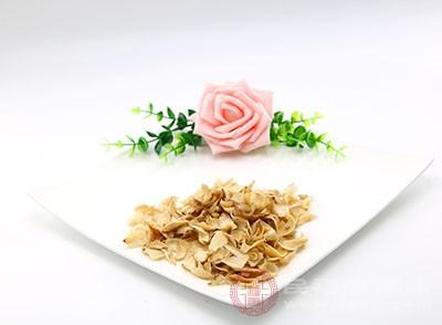 百合明净鲜艳,鲜品富含粘液质及维生素