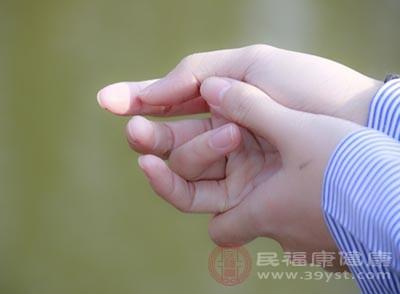 因颈椎神经压迫导致的手麻比例高达70%