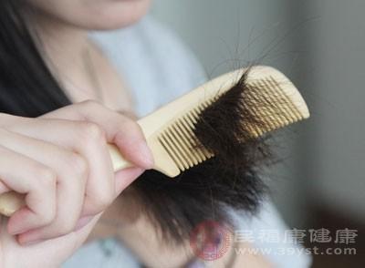 梳頭的好處 這樣做可以保護頭發