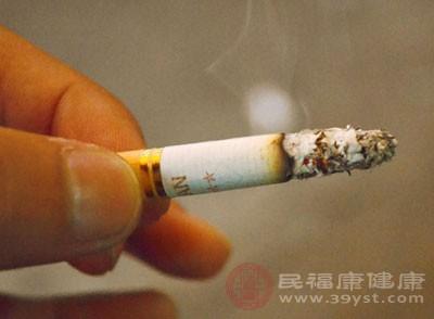 【一个可以戒掉烟酒的人】咽炎怎么办 戒掉烟酒可以缓解这个病