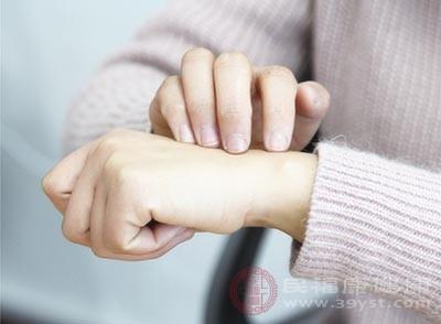 如何水合和保湿皮肤过敏可以预防这种疾病[如何水合皮肤过敏